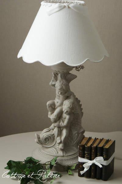 « Patinée 4 15Cottage Et Lampe Chérubins » Patine – Réf 5j34ALRq